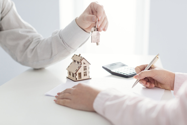 PURCHASE OF A LEASEHOLD RESIDENTIAL PROPERTY